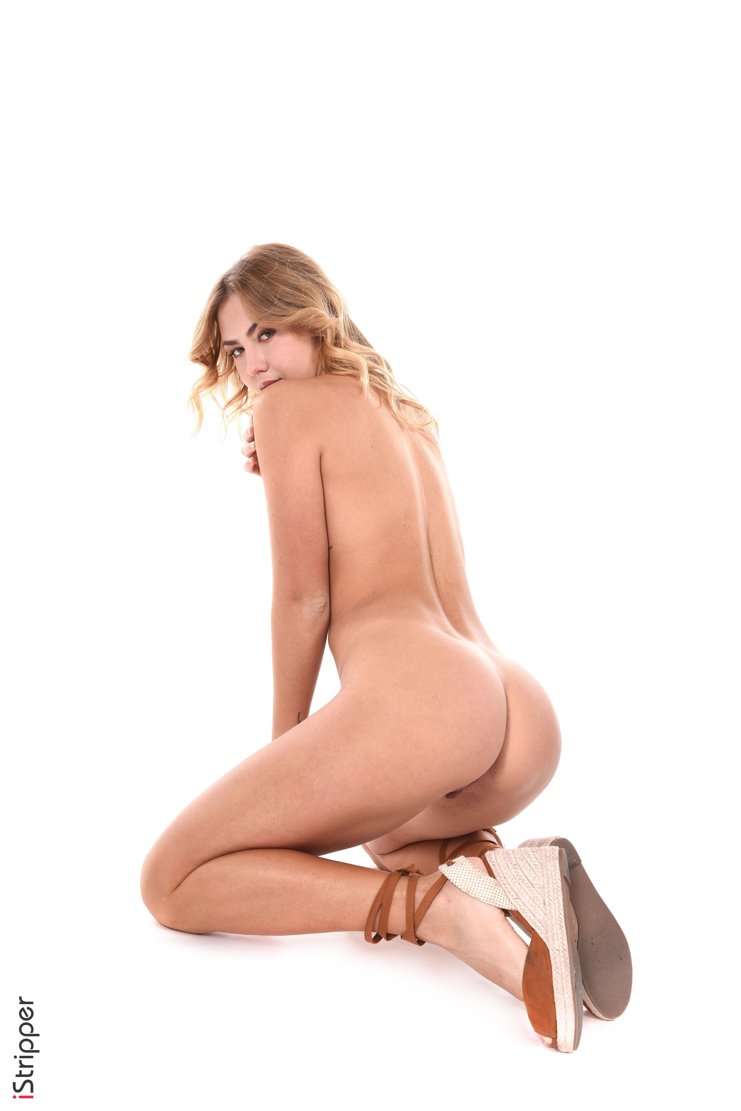 sexy striptease slutload mobile