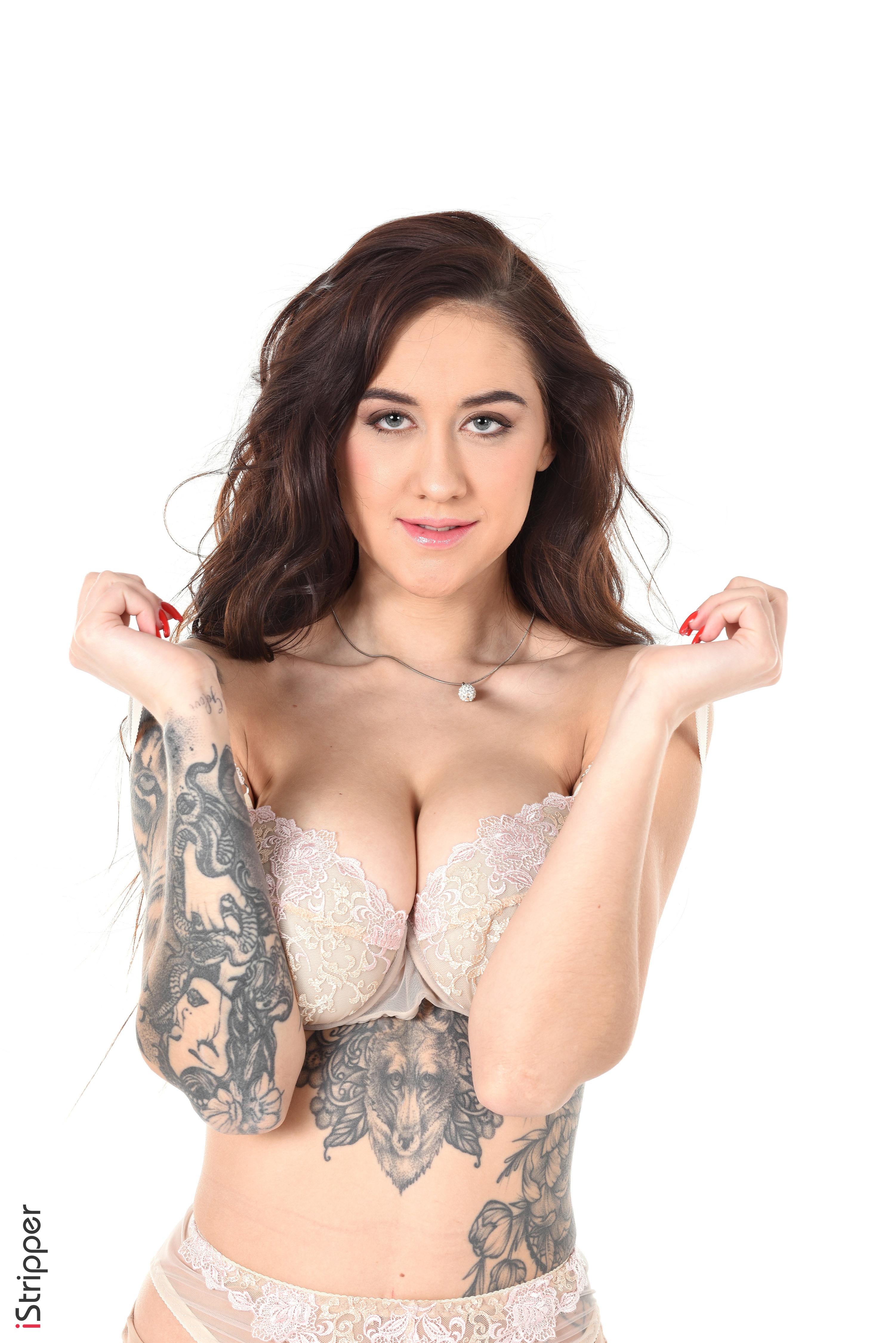 sexy striptease 18+