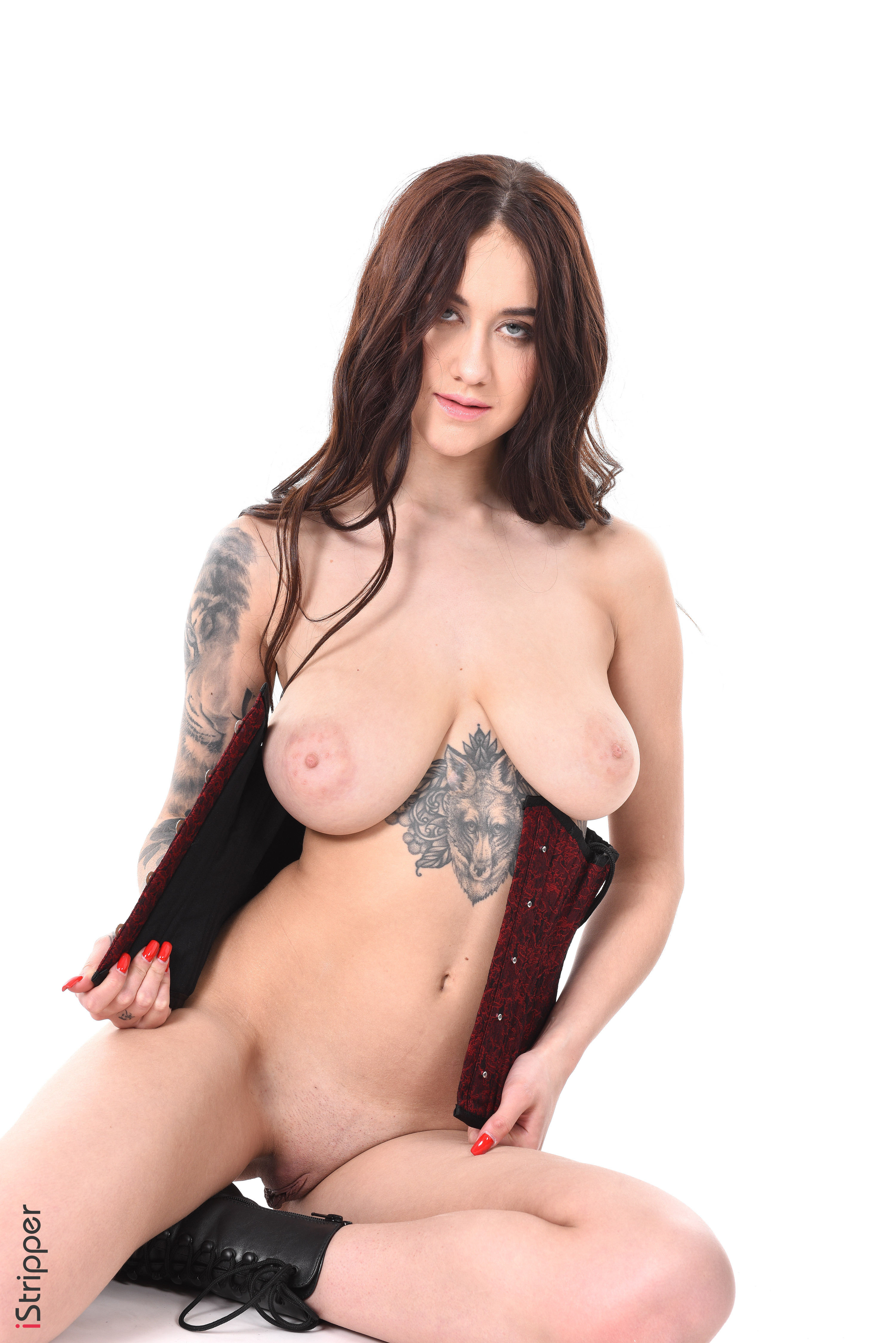 sexy striptease full nude