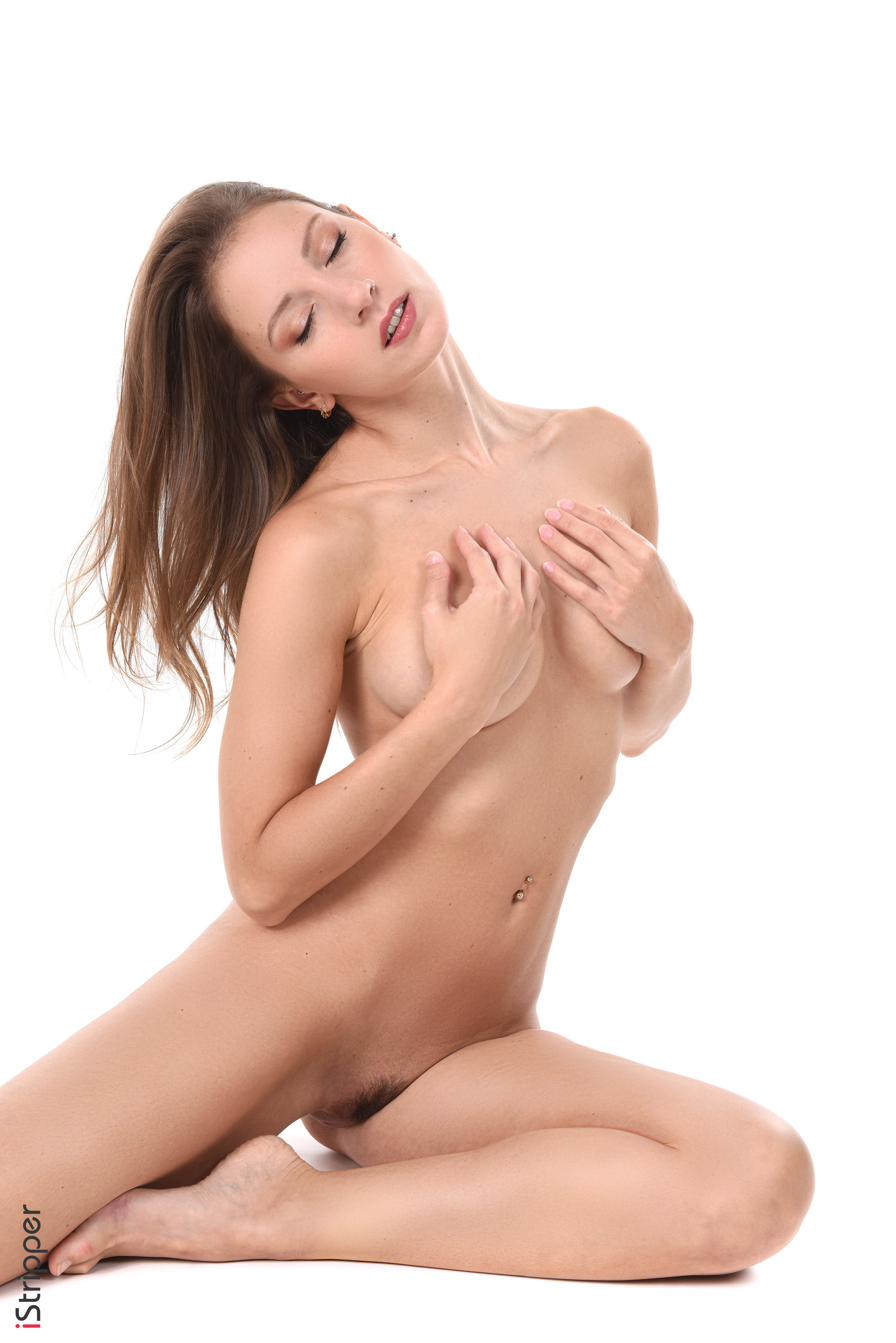 amber sym's slow and exceptionally sexy striptease