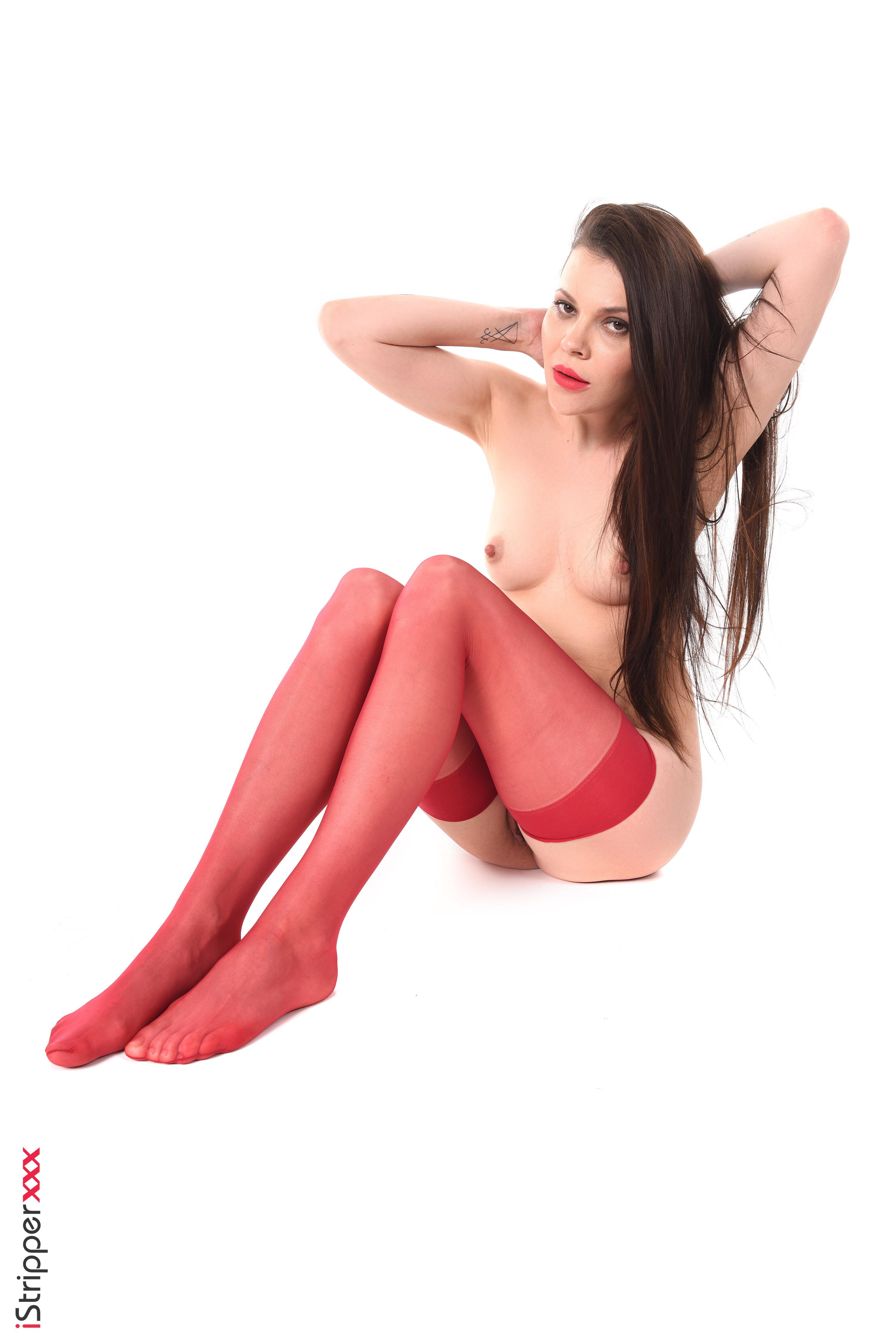 chloe james sexy striptease nude pleasures her twat by the pool pornhub
