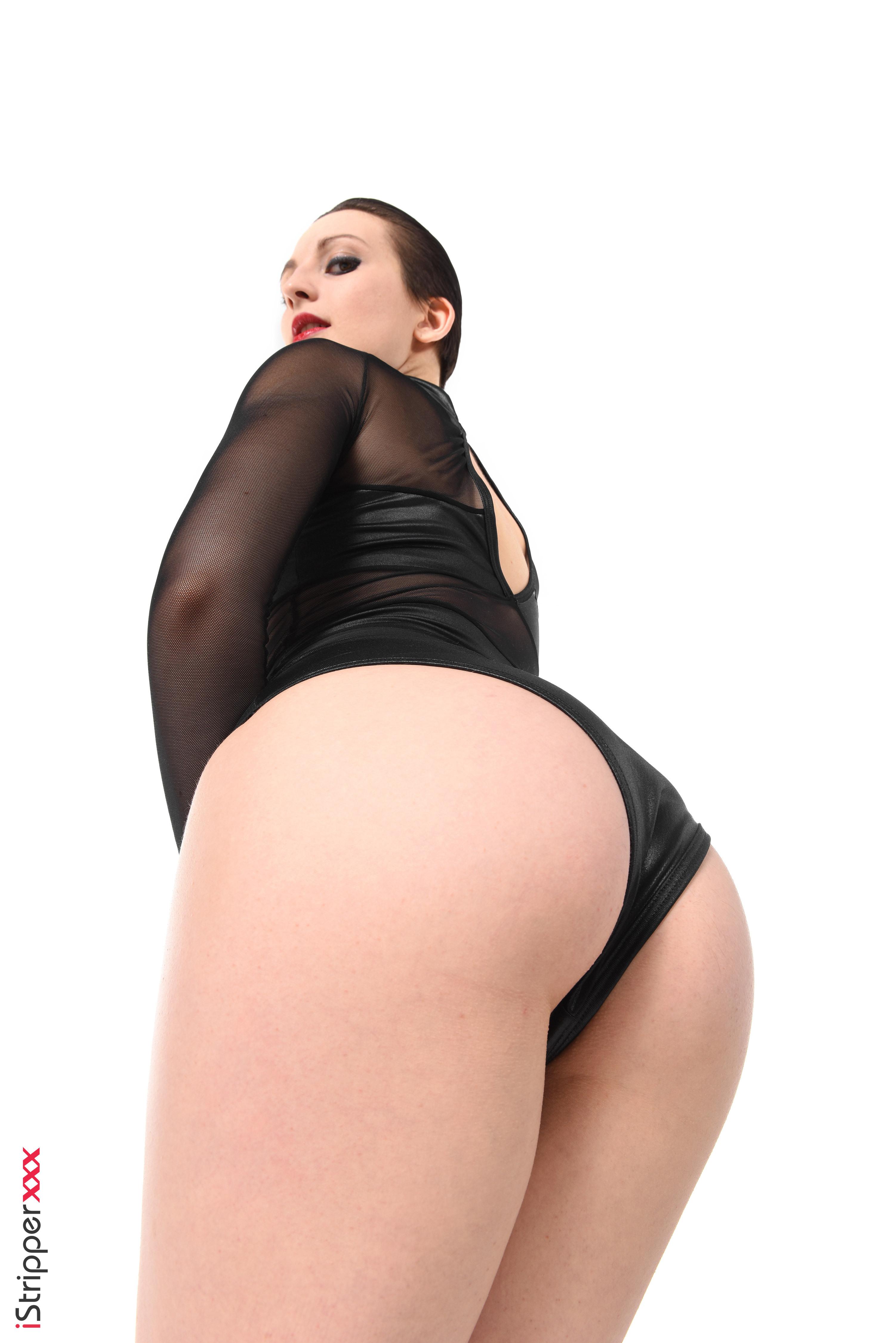 perfect sexy babes striptease