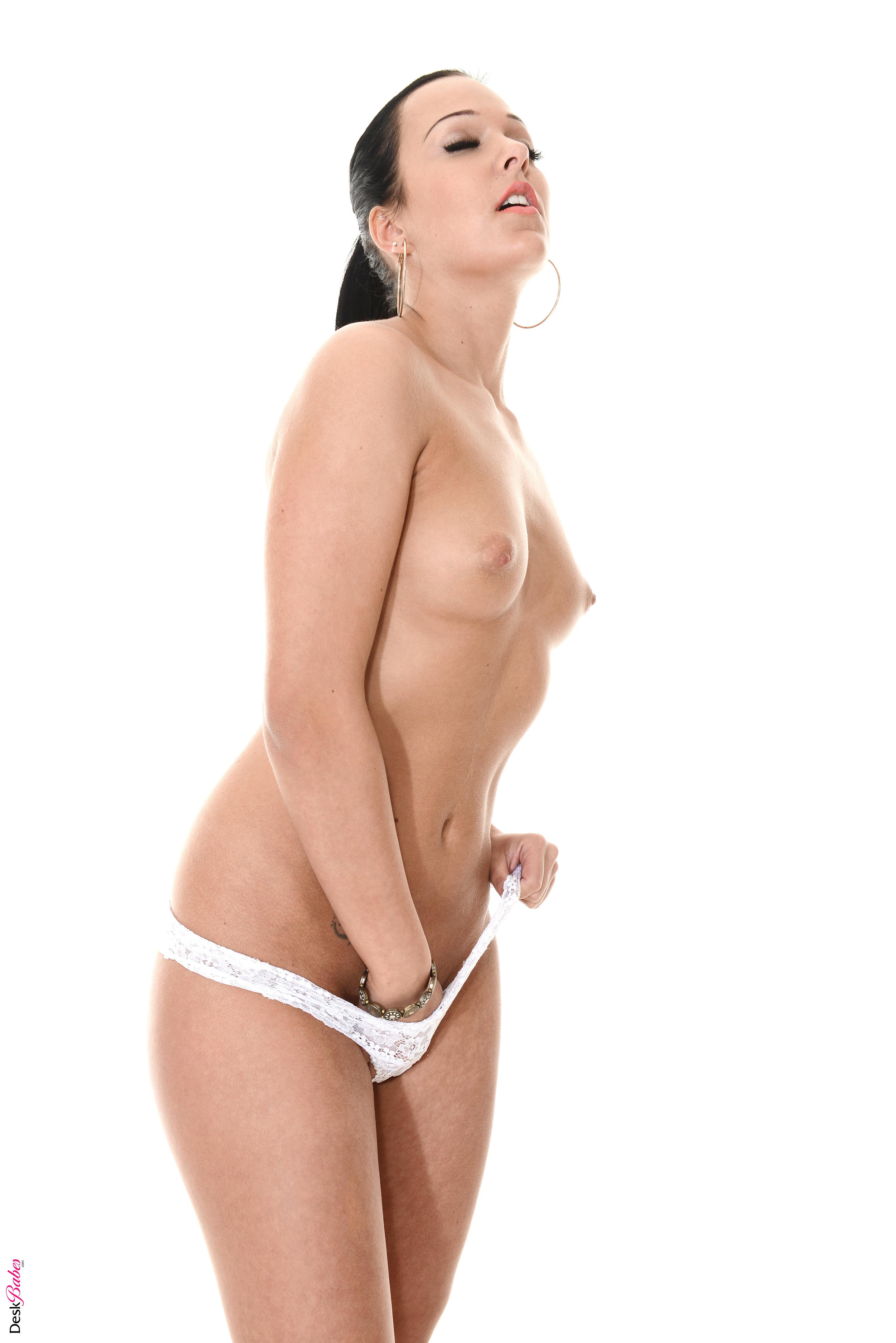 hd nude wallpaper