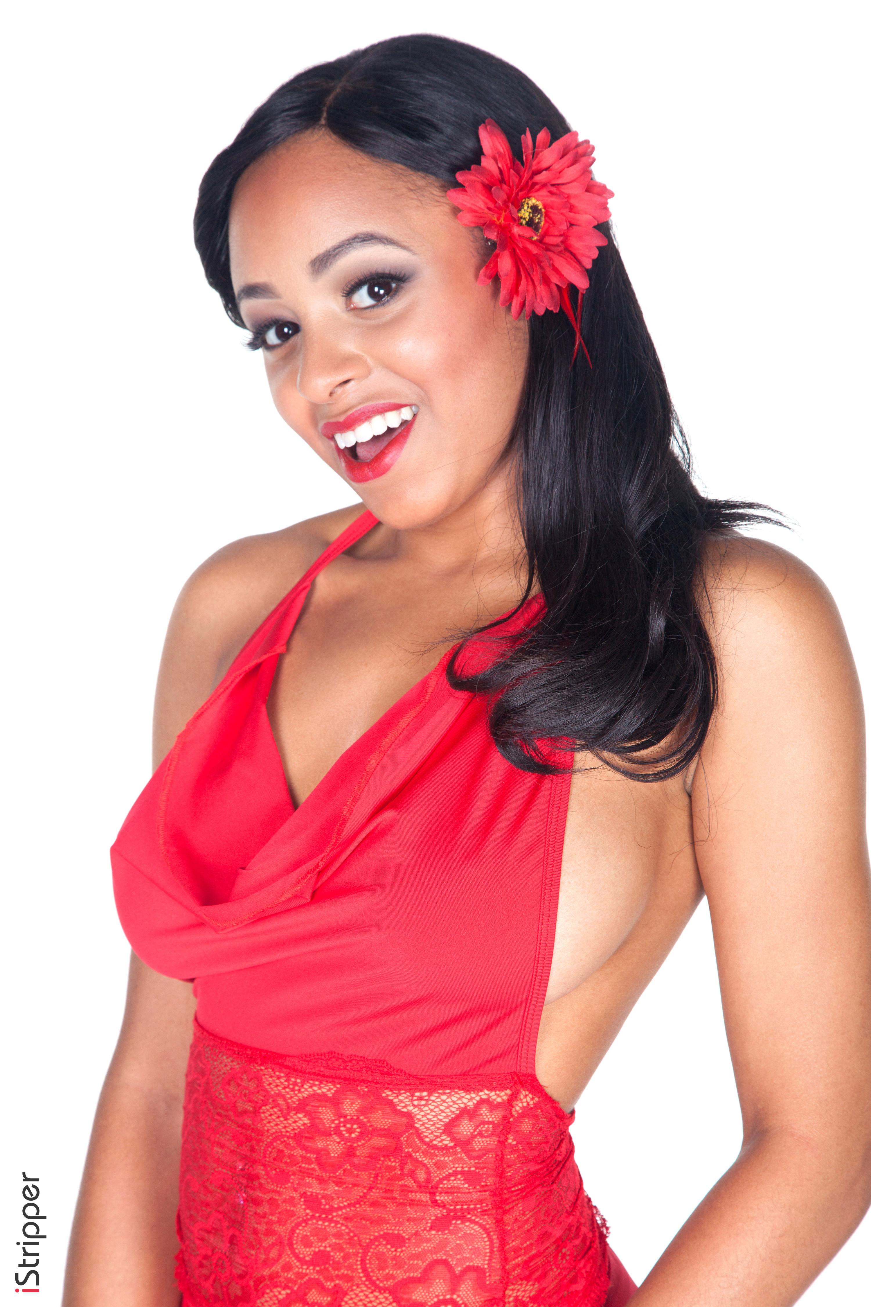 Anya Ivy Crimson Peak nude backgrounds - Erotic Wallpapers